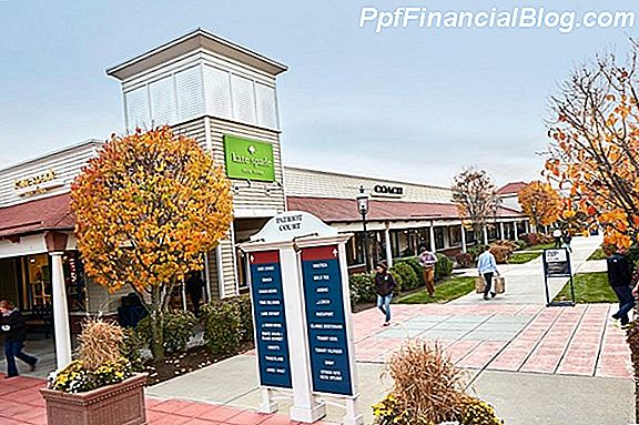 Wrentham Village Premium Outlets in Massachusetts