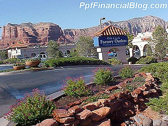 Oak Creek Factory Outlets tapo Sedona Vista Village