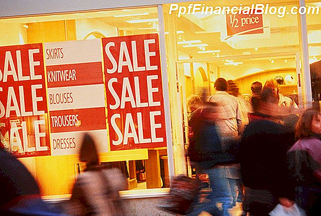 Thanksgiving und Black Friday Sales in New York Outlets